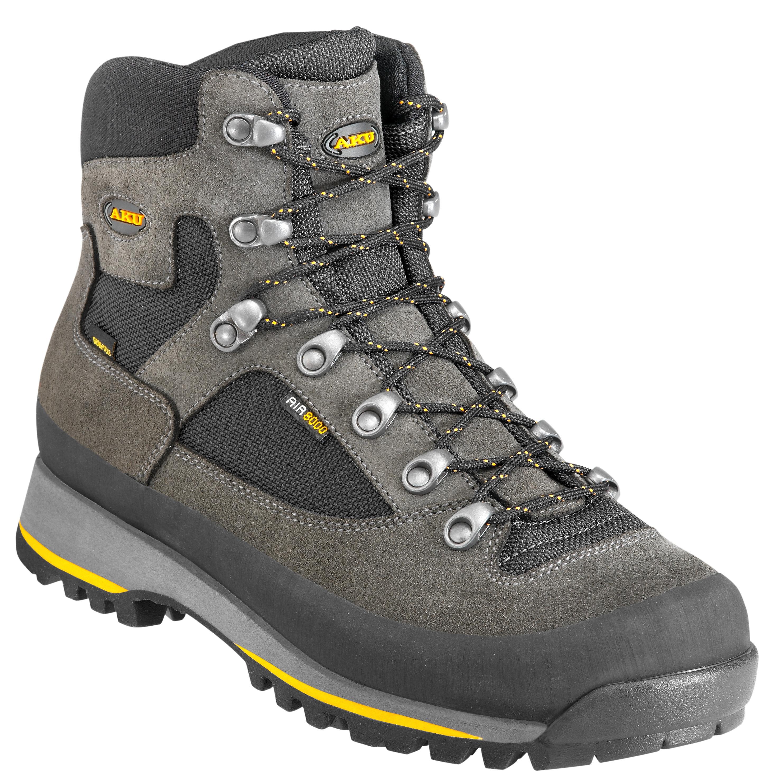 Italský výrobce obuvy s dlouholetou tradicí.  fb7a849049
