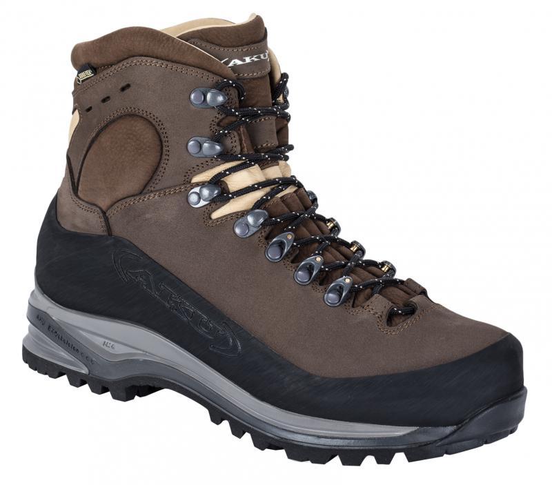 Italský výrobce obuvy s dlouholetou tradicí.  040b39c608